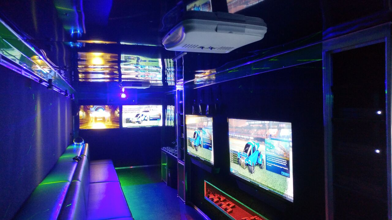 Cyber Game Truck Party